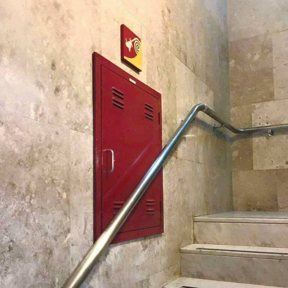 These seven construction fails will give you hard laugh6