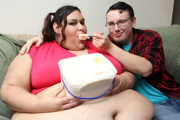 Boyfriend uses 'funnel' to feed his 50 stone girlfriend and reason will blow your mind1