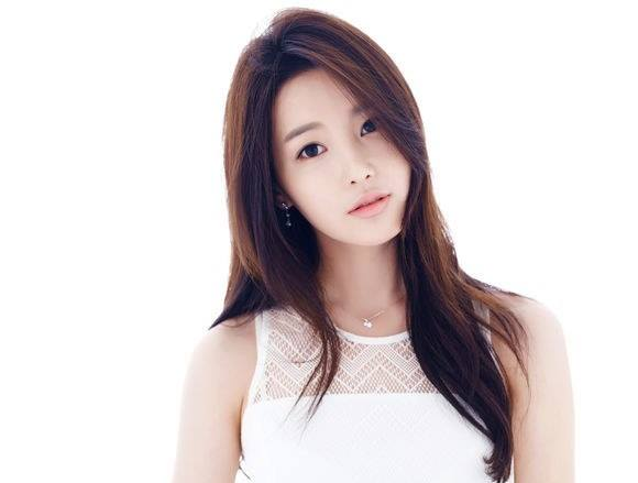 i-bet-you-cant-take-your-eyes-off-from-the-korean-barbie-doll10